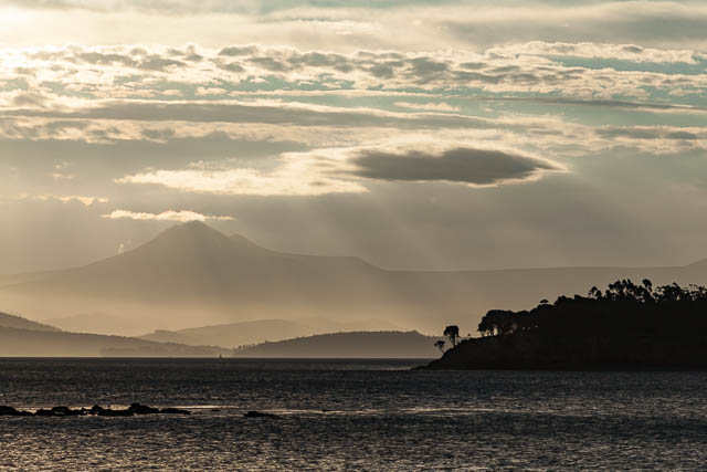 nature-bruny-island-clouds-mountains-water
